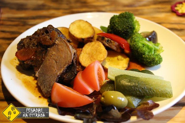 Carne de Javali no restaurante Talukorts, Tallinn. Foto: CFR / Blog Pegadas na Estrada
