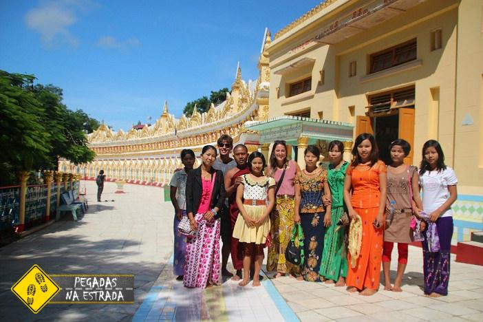 Povo Birmanês em Mandalay - Myanmar. Foto: CFR / Blog Pegadas na Estrada